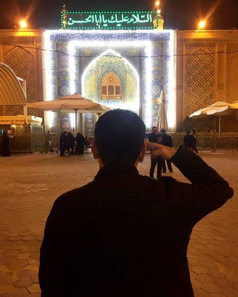 ابراز ارادت آقای مجری در نجف+عکس