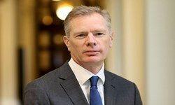 تمجید سفیر جدید انگلیس در تهران از اتهام مخفی کاری علیه ایران+عکس