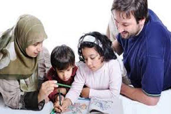 نقش والدین در تربیت صحیح فرزندان