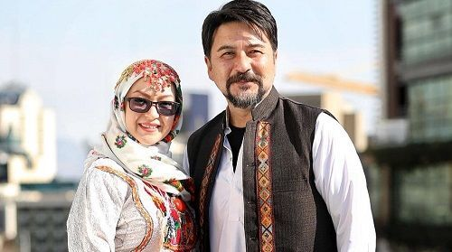امیرحسین صدیق و همسرش با لباس محلی + عکس