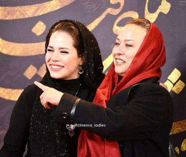 آزیتا حاجیان و دخترش ملیکا شریفی نیا + عکس