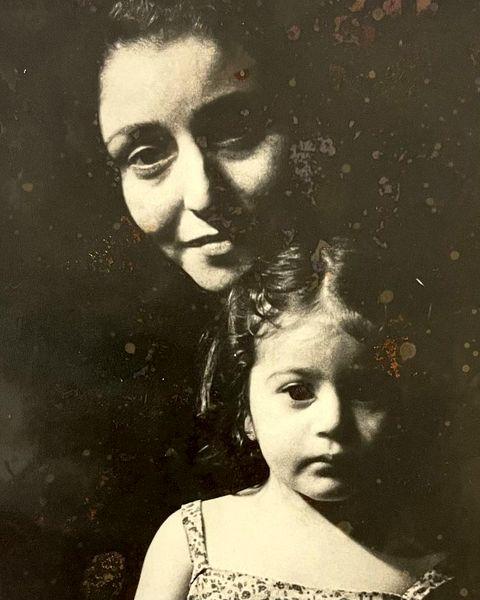 ژاله صامتی و دخترش در زمان های دور + عکس