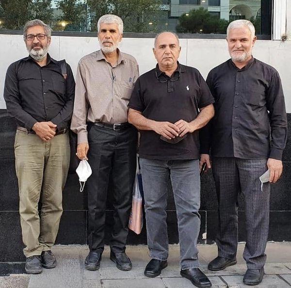 پرویز پرستویی در جمع دوستان قدیمی اش + عکس