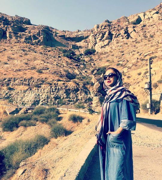 شبنم قلی خانی در بیابان بی آب و علف+عکس