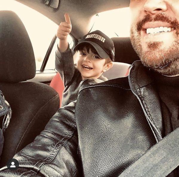 سلفی پدرام کریمی با پسرش در ماشین + عکس