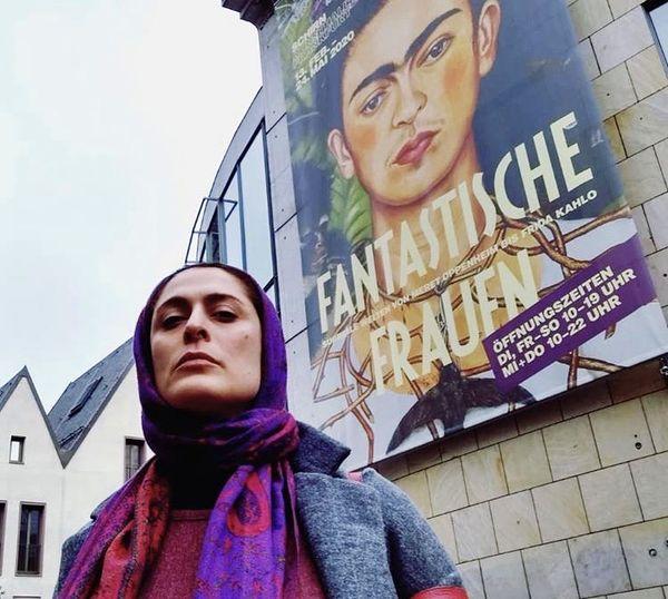 پوشش بهناز جعفری در خارج از کشور + عکس