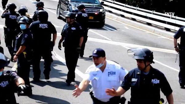 نیویورک به خواسته مردم برای اصلاح پلیس تن داد