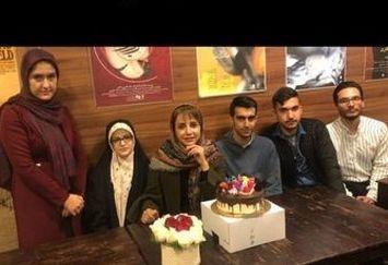تولد دوستانه شبنم قلی خانی در کافه+عکس