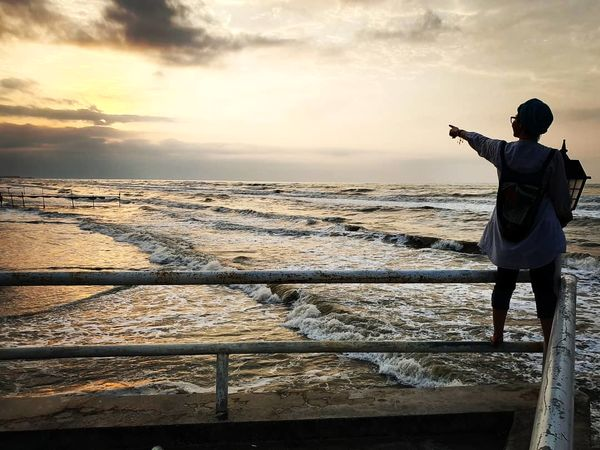 سفر تابستانی آناهیتا همتی در ساحل دریا+عکس