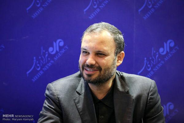 آخوندی ویژگیهای لازم برای شهرداری تهران را ندارد