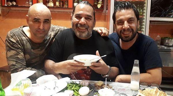 سه بازیگر مشهور در رستوران + عکس