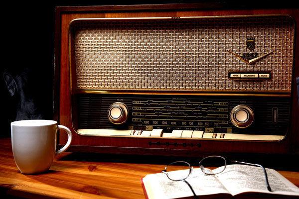 هشدار تهیه کننده برنامه رادیو تهران به وجود رقیب برنامههای رادیویی