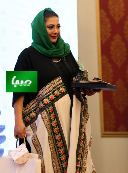 جایزه بهترین بازیگر زن جشنواره آکادمی سینما سینما برای خواهر رضا داوود نژاد+عکس
