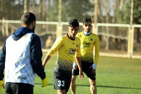 به سپاهان آمدهام تا قهرمان شوم / قلعهنویی به فوتبال من اعتقاد دارد