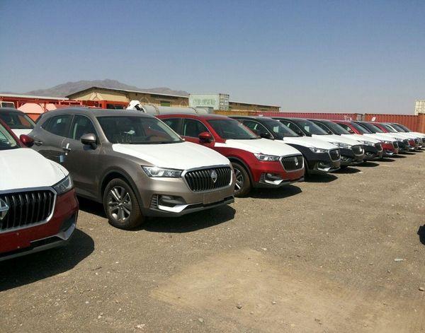 خاک خوردن خودروهای «بورگوارد» در گمرگ!