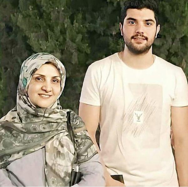 سینا مهراد و مادرش + عکس