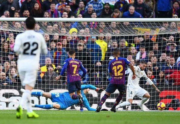 تحقیر لوگوی رئال مادرید +عکس