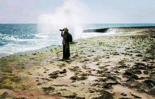 عکس فوق العاده زیبای خانم بازیگر لب دریا