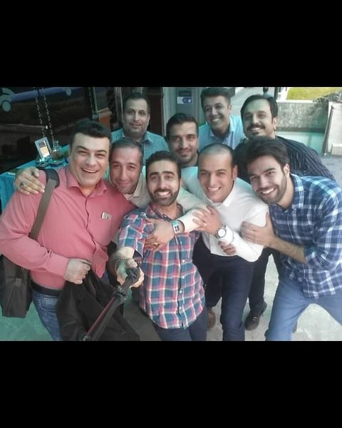 تبریک علیرضا عسکریان به دوستان خبرنگارش+عکس