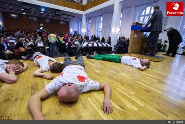 قطع سخنرانی وزیر دفاع آلمان در پی اعتراضات دانشجویی