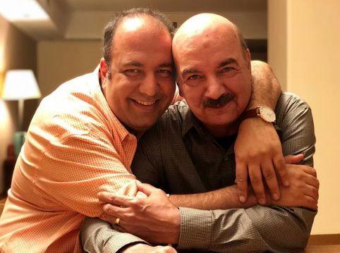علی اوجی در کنار آقای مجری + عکس