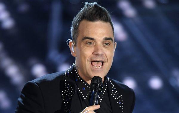 خواننده مراسم افتتاحیه جام جهانی ستاره بریتانیایی