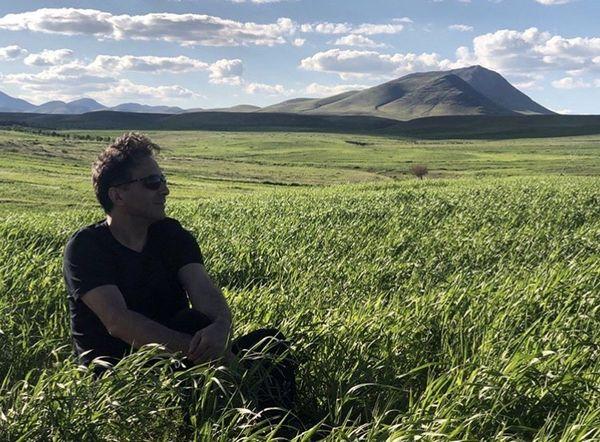 مجید اخشابی در دل طبیعت زیبا + عکس