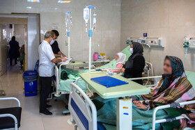 بیمارستان کامکار قم در موج پنجم کرونا با تکمیل ظرفیت و اشغال تمامی تخت ها مواجه شده است.