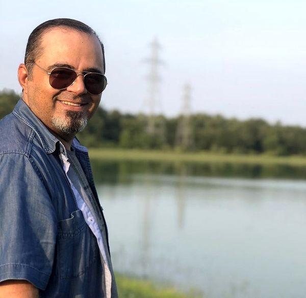 آقای بازیگر در کنار دریاچه + عکس