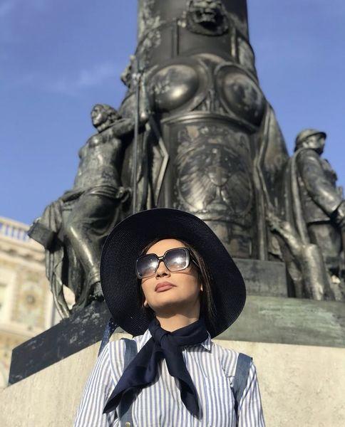 پوشش مارال فرجاد در اروپا + عکس