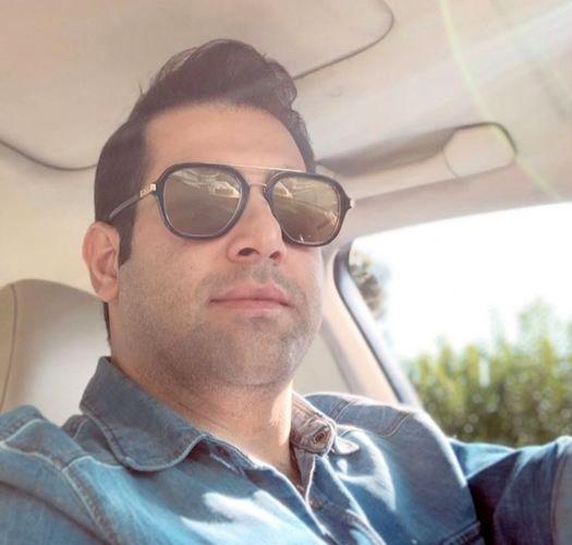 مجری معروف در خودرو شیکش+عکس