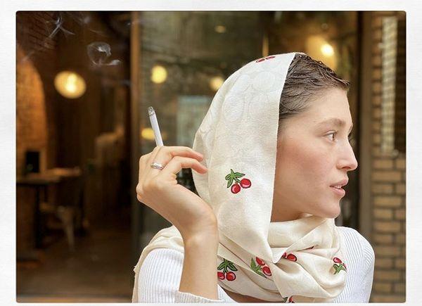 فرشته حسینی در حال سیگار کشیدن + عکس