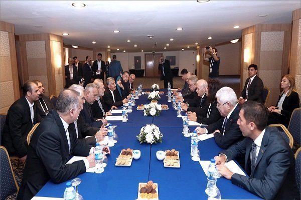 رئیس مجلس آذربایجان با علی لاریجانی دیدار و گفتگو کرد