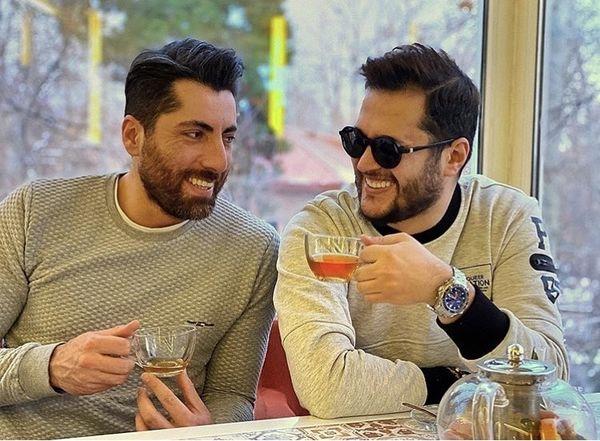 سیاوش خیرابی و دوستش در کافه + عکس