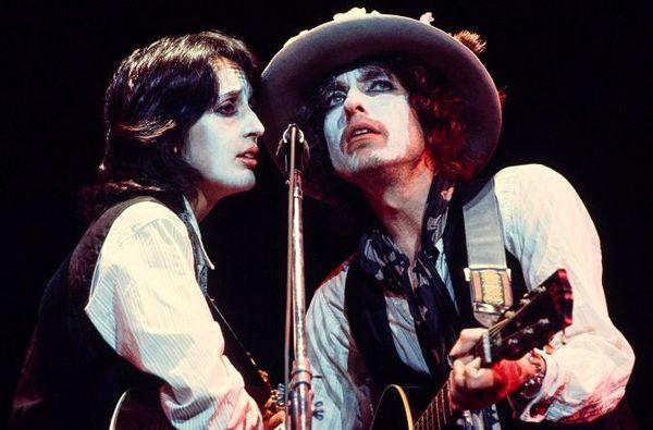 روایت اسکورسیزی از عجیبترین تور کنسرت باب دیلن
