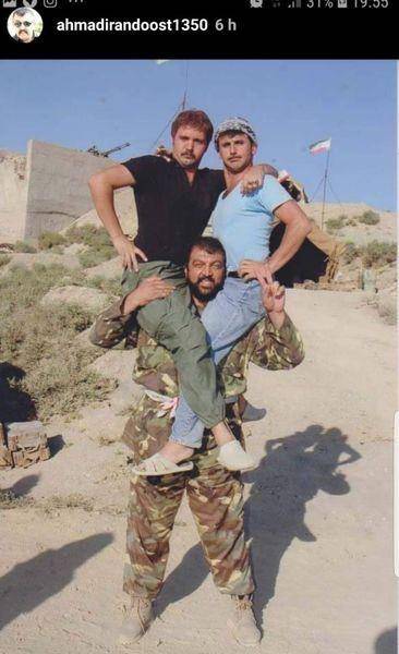 دو بازیگر مشهور روی دوش احمد ایراندوست + عکس