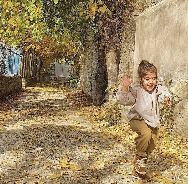 شادی های دختر آقای بازیگر + عکس