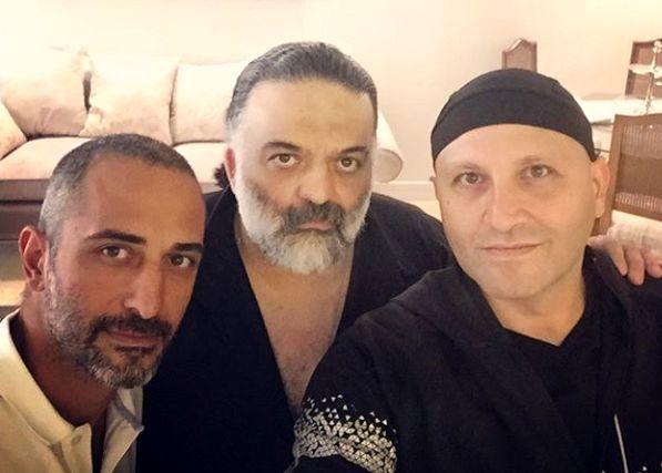 علیرضا عصار در میان دوستانش + عکس
