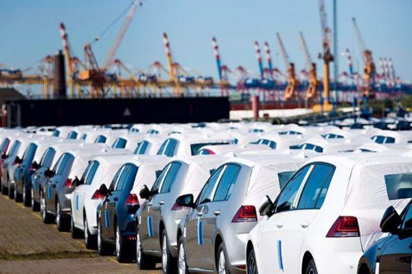 خودداری گمرکات از ترخیص خودروهای قاچاق