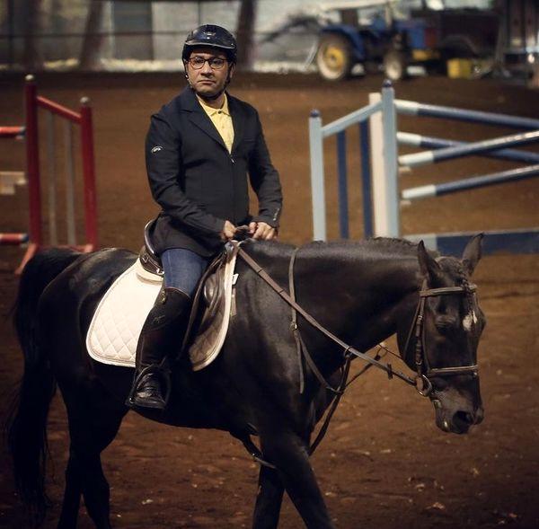 اسب سواری سروش جمشیدی + عکس