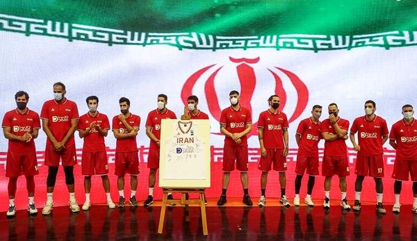 بدرقه تیم ملی بسکتبال المپیک ۲۰۲۰+ عکس