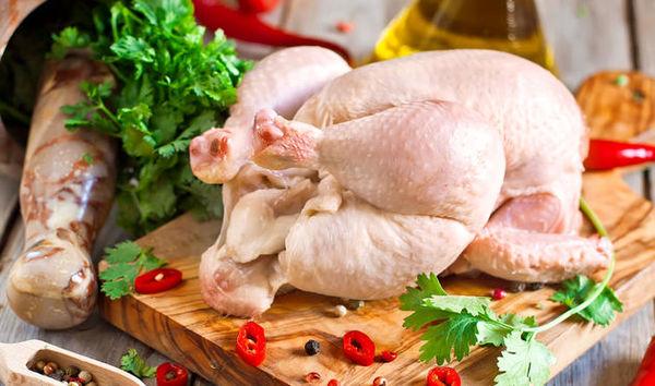تولید مرغ برای جلوگیری از افزایش قیمت کنترل میشود