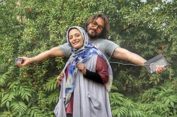 طبیعت گردی نگین معتضدی و همسرش + عکس