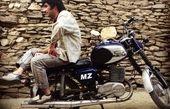 استایل موتورسوار هادی کاظمی + عکس