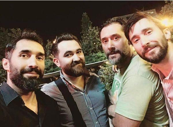 هادی کاظمی در جمع برادرانش + عکس
