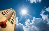 گرمترین ماه در ۱۴۲ سال گذشته
