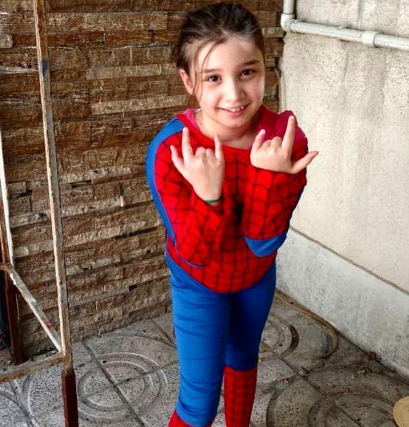 دختر عنکبوتی بنیامین بهادری+عکس