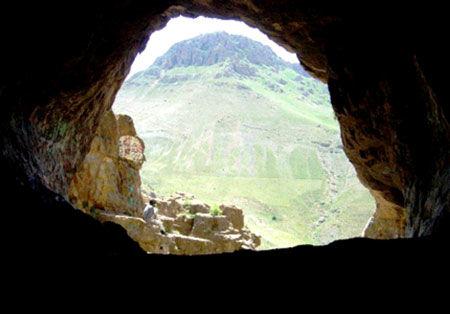 مرد جادوگر دختر 13 ساله را به غار برد!