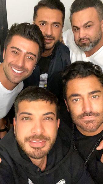 گلزار و دوستانش + عکس