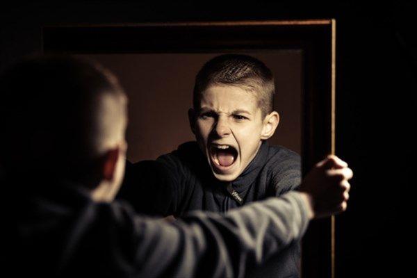 چرا جوانان امروز پرخاشگر هستند؟